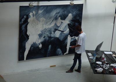 Etienne Cail performance la lune en parachute